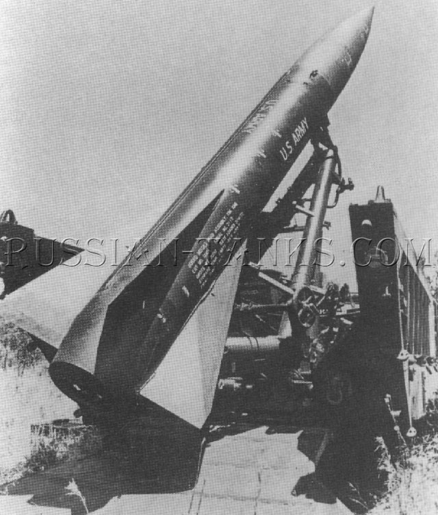 The self-propelled launcher M752