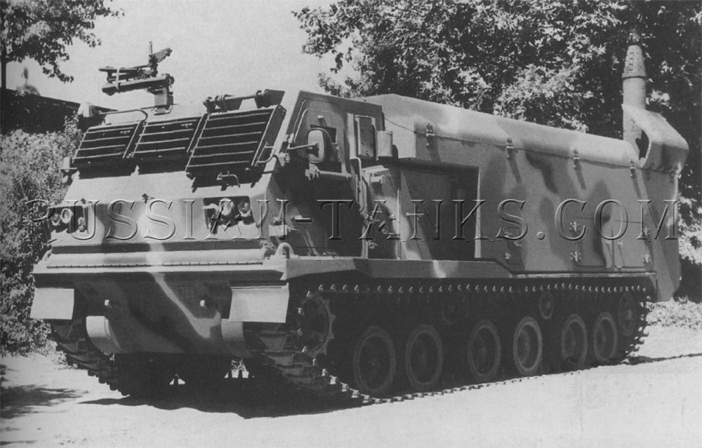 The electronic fighting vehicle system XM1070